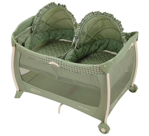 Graco Pack n Play Playard with Twin Bassinet