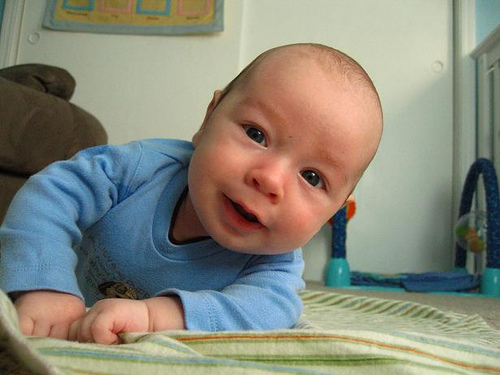 Elliott at 4 months
