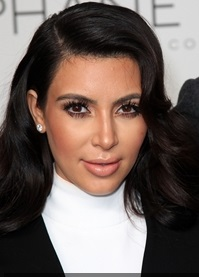 Kim-Kardashian-has-some-of-the-best-maternity-clothes-around